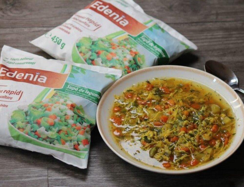 Supa de legume cu ou franjuri – reteta
