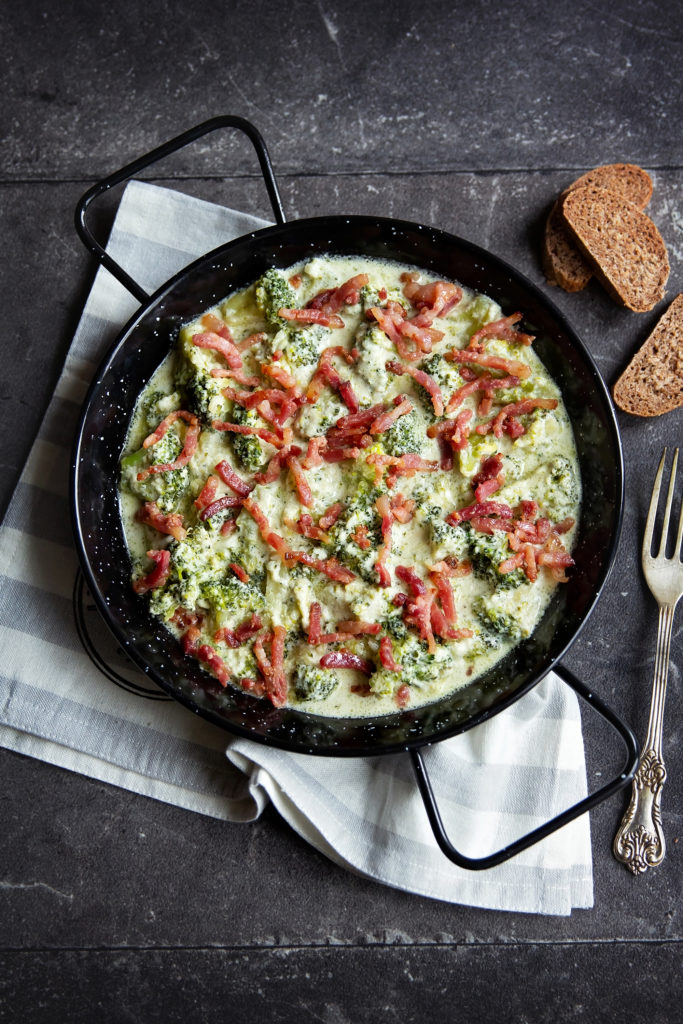 Reteta-broccoli-cu-sos-alfredo-P