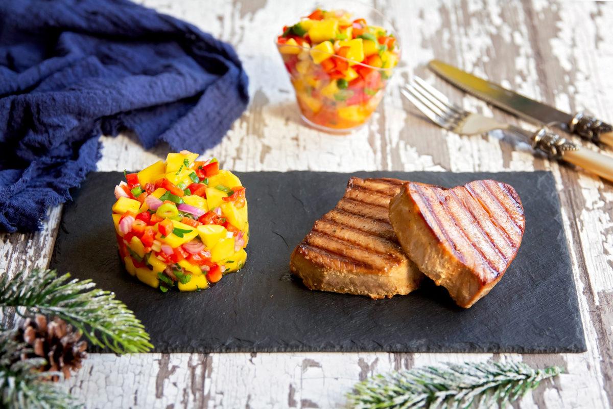ton-mton-la-gratar-cu-salsa-de-mango-reteta-larinat-cu-salsa-de-mango-reteta-l