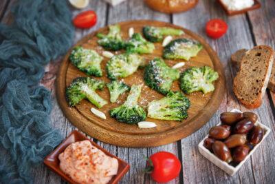 Broccoli-la-tigaie-cu-parmezan-L1