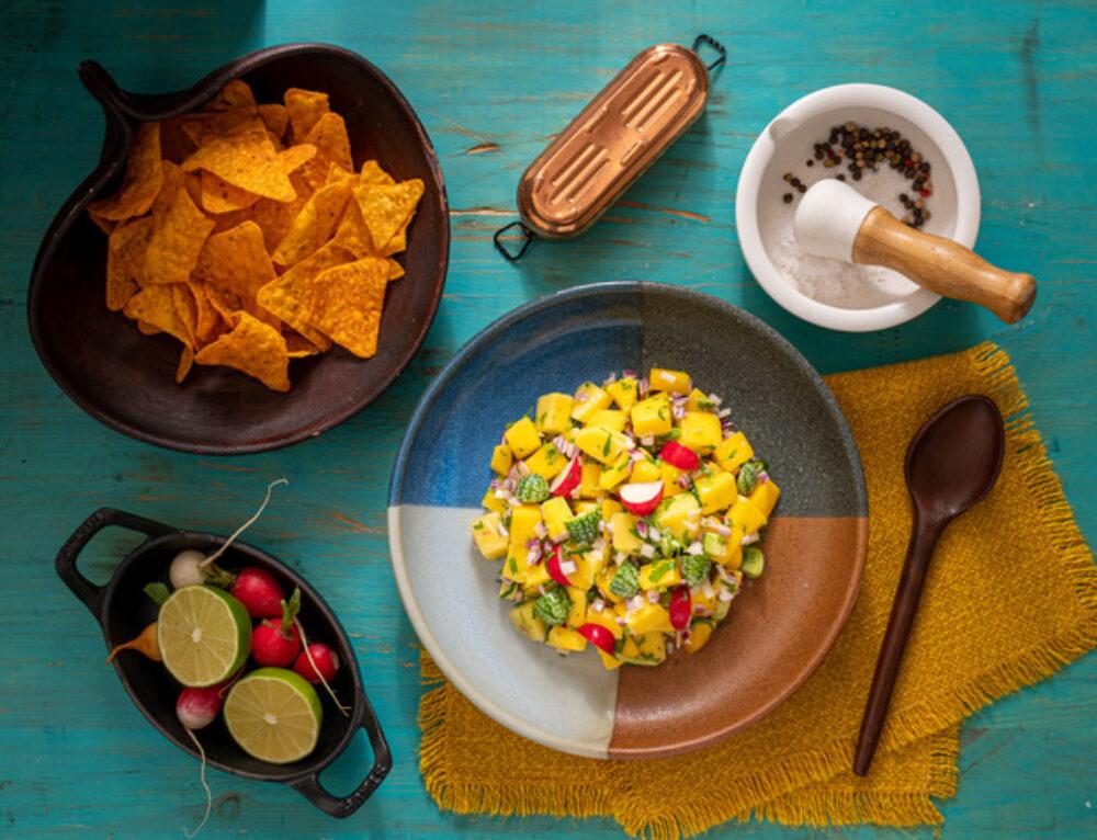 Salsa de mango cu nachos – reteta
